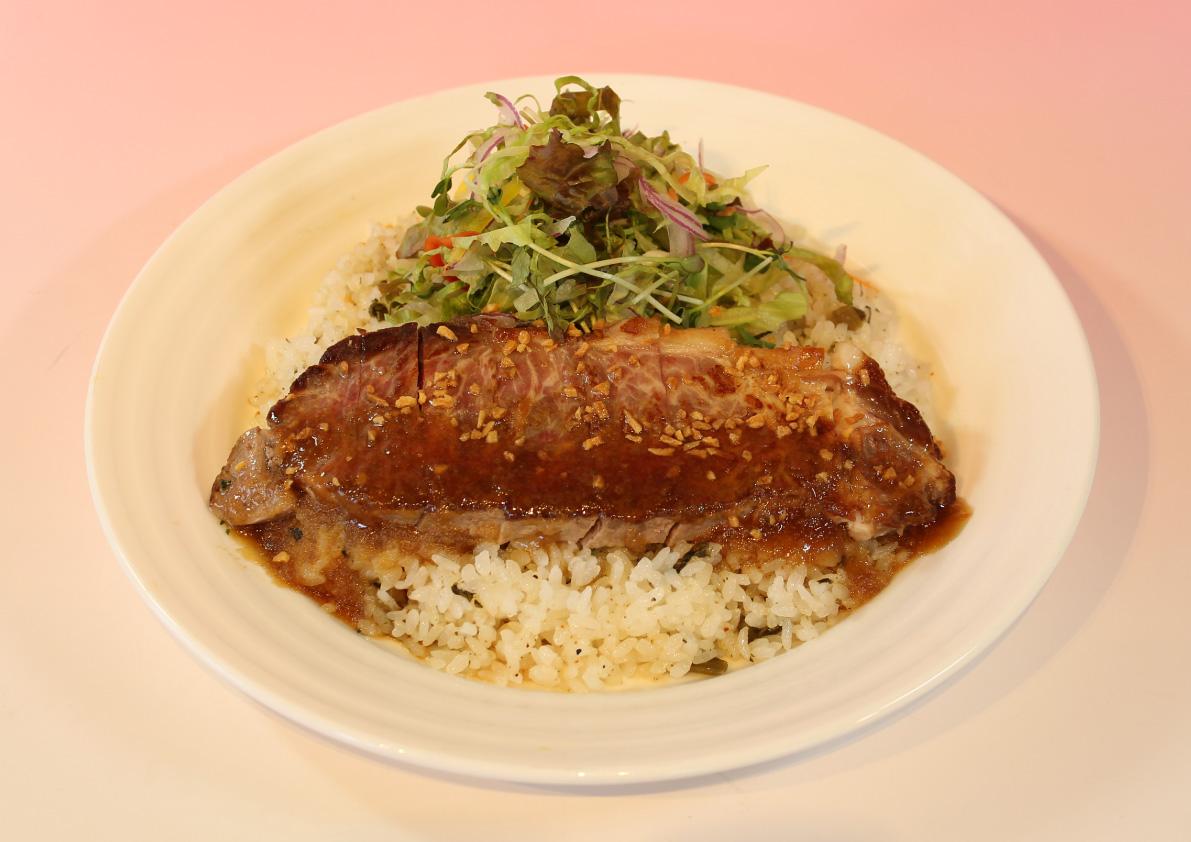 野沢菜ビーフステーキライス/レストハウスやまびこ